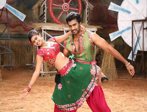 Anaganaga Oka Chitram Movie Working Stills | Posters | Wallpapers