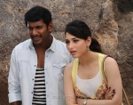 okkadochadu Movie Working Stills | Posters | Wallpapers