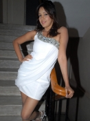 Pavani Reddy Navel Pics
