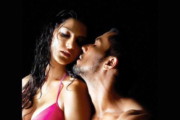 Sunny Leone Jism 2 Movie Stills