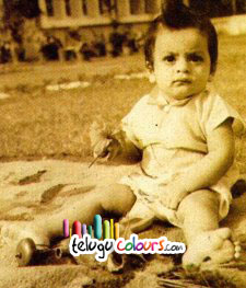 Sharukh Khan - Childhood