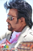Rajinikanth-Aishwarya Rai Robot Wallpapers